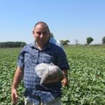 Агроконсултации и взимане на почвени проби за анализ от имоти на земеделски стопани в с. Стряма - 27.08.2015 г.