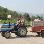 """Дарение на тор от Неохим АД - гр. Димитровград на """"Земята – източник на доходи"""" за дребните земеделски производители – 14 април 2018 г."""